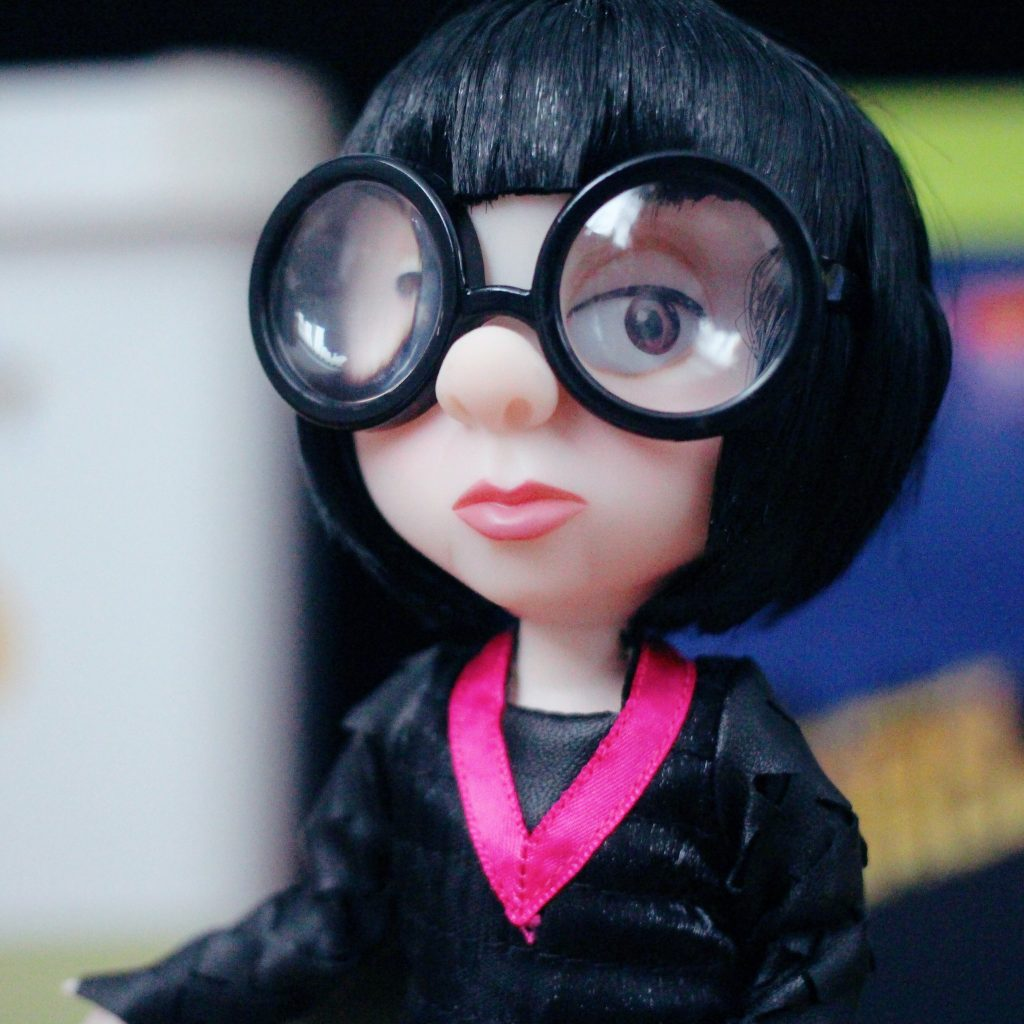 "Jakks Pacific ""Incredibles 2"" Edna Mode Doll"