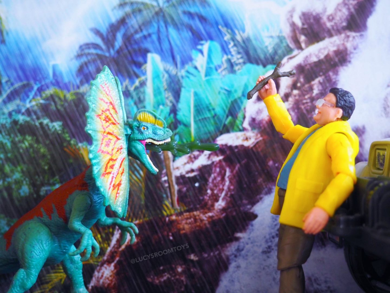 Toy Review: Mattel Jurassic Park Legacy Dennis Nedry Getaway Pack